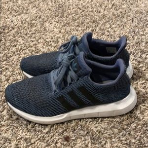 Adidas sneakers navy blue